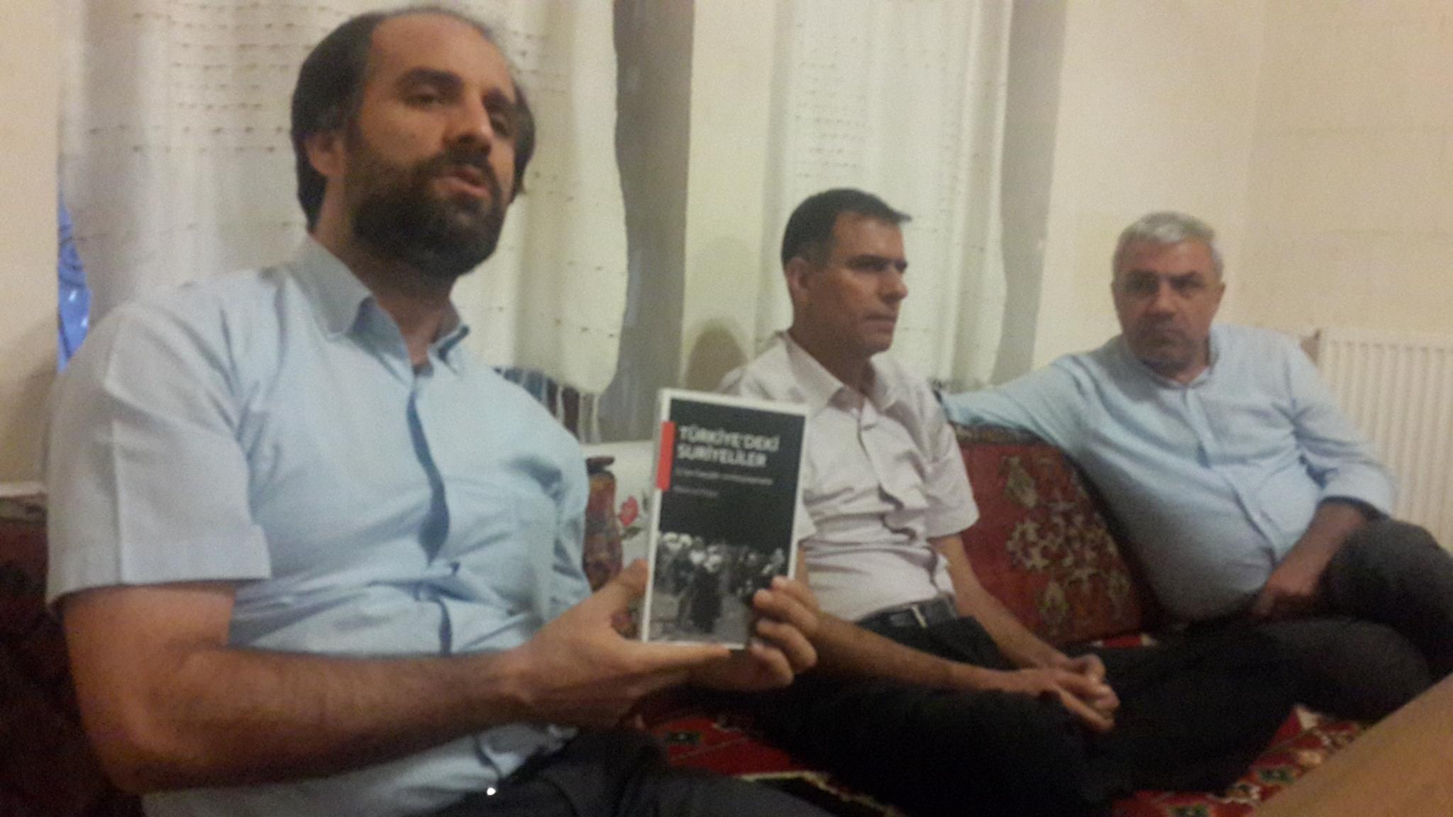 Şanlıurfa Şubesinde Türkiye'deki Suriyeliler Kitabı Konuşuldu