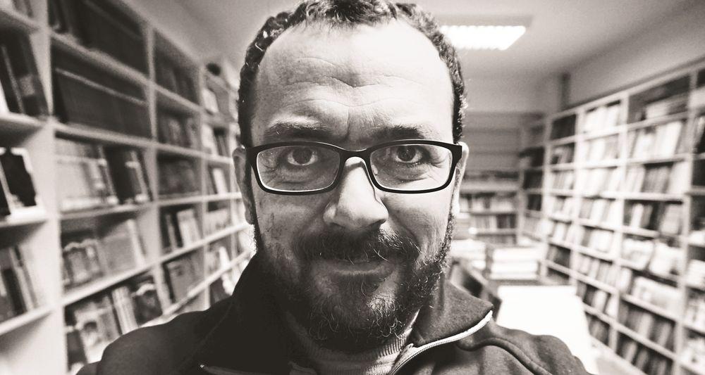 Güray Süngü: Edebiyat Bana Güven Kazandırdı