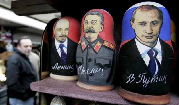 Modern Rusya'da Ekim Devrimi'nin hayaletiyle yaşamak