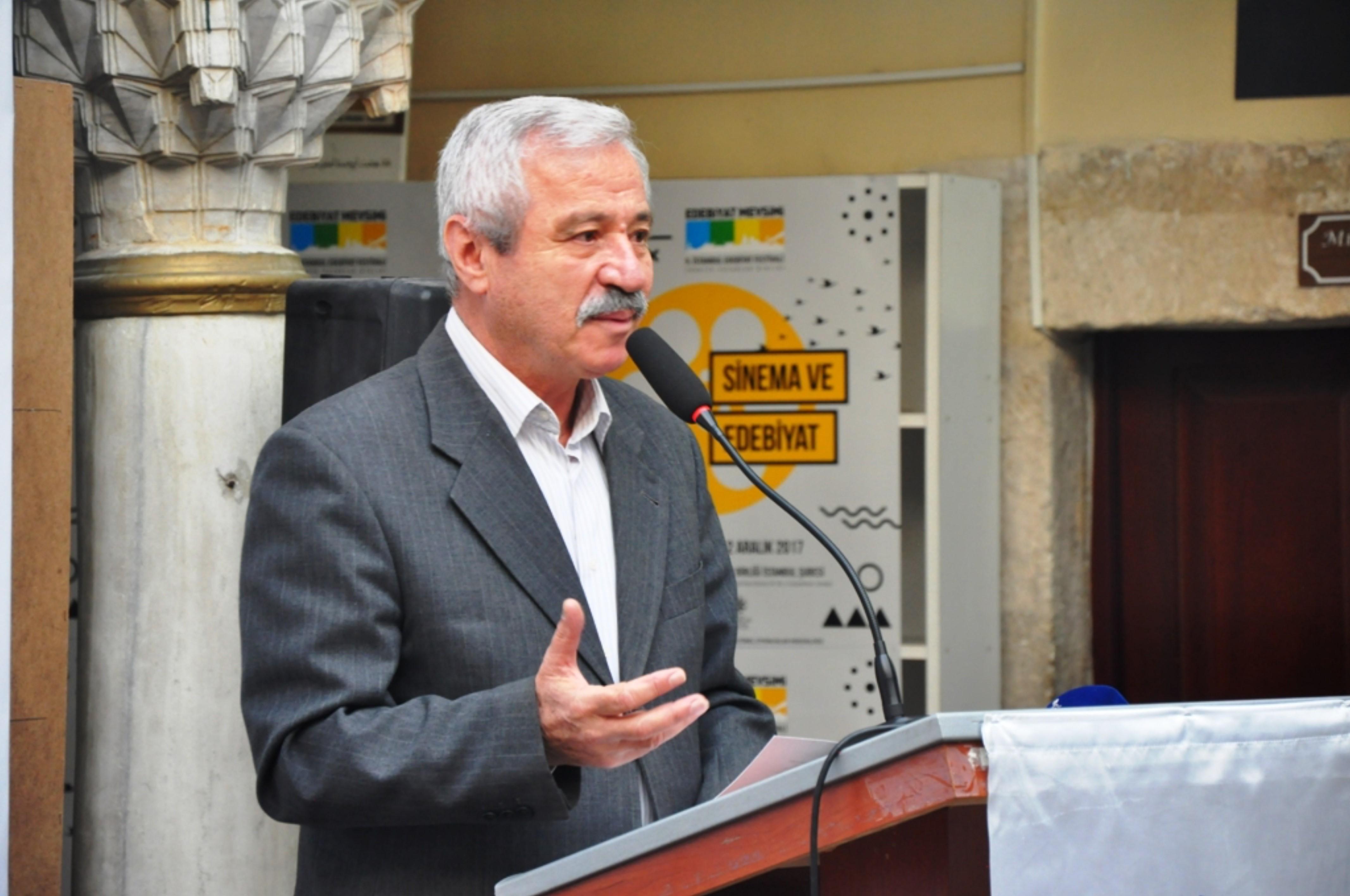 """D. Mehmet Doğan: """"Görüntü bombardımanı altında yaşamaya ve düşünmeye çalışıyoruz."""""""