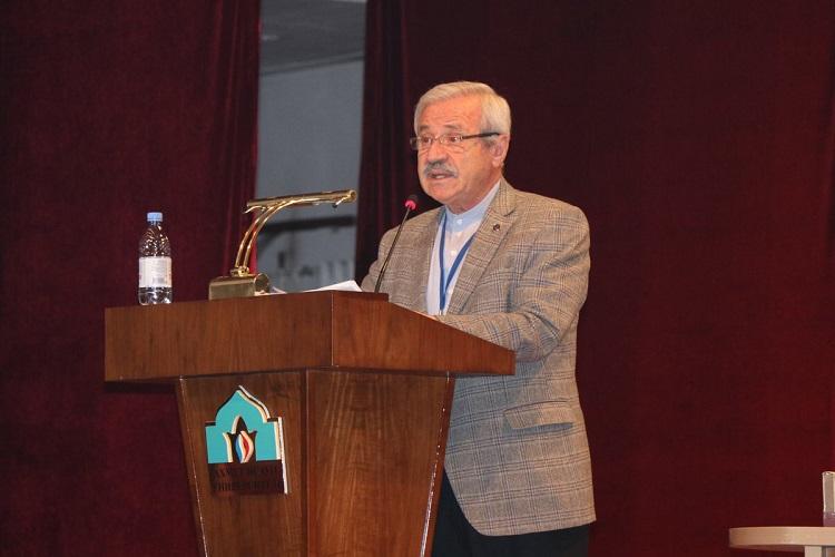 D. Mehmet Doğan: Ahmed Yesevî'nin dönüşü, Ahmed Yeseviye dönüş!