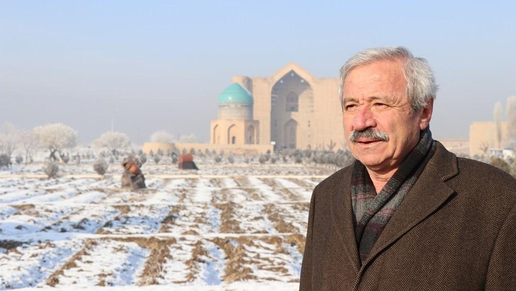 D. Mehmet Doğan: Türkistan'da cami yapmak