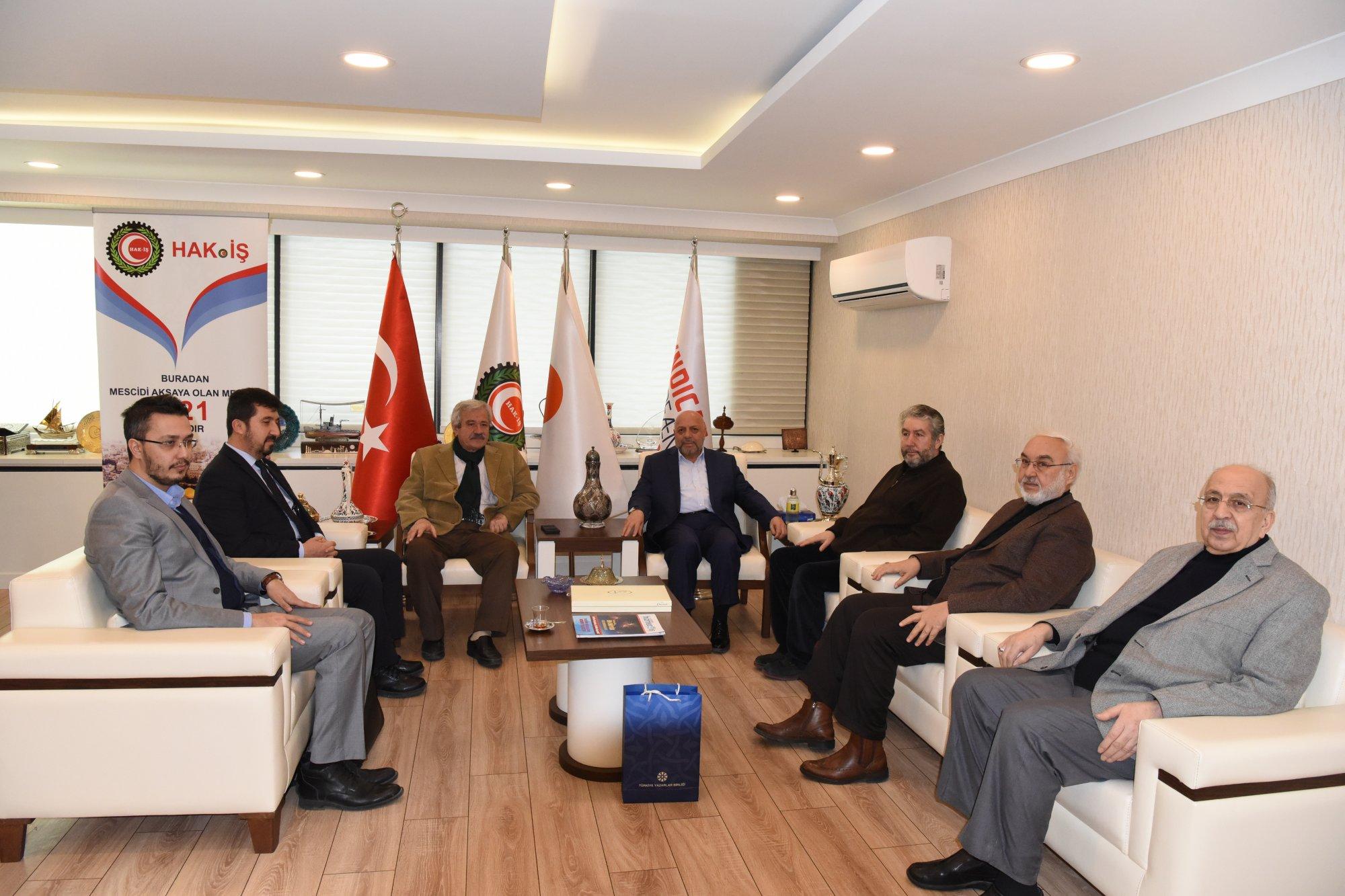 TYB Yönetiminden Hak-İş Başkanı Arslan'ı Ziyaret