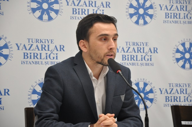 Hüseyin Ahmet Çelik Kitap Heyecanını TYB İstanbul'da Paylaştı