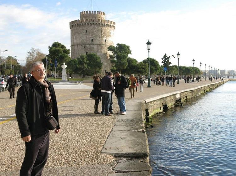 Senle Vuslat Yaşamadan, Ölüm Bize Uzak Olsun;  Selanik