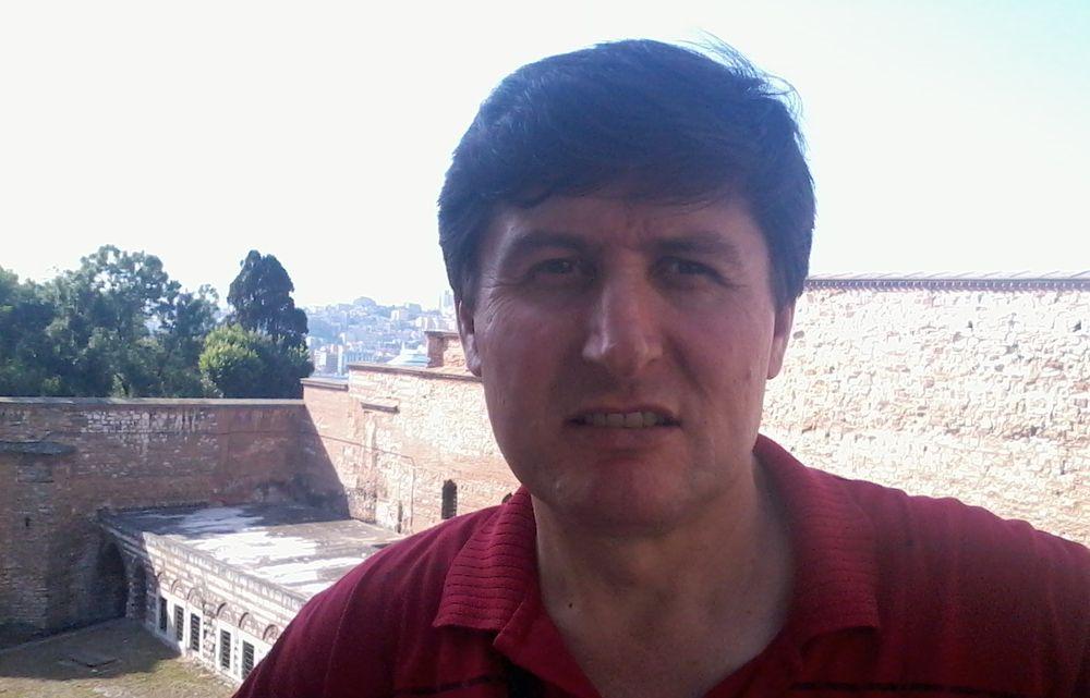 Kamil Yeşil:'Mehmed Âkif'i de alarak Eşrefler Necd çöllerindeler'