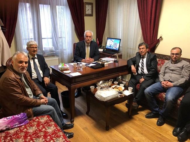TYB Ankara Şubesinden Dil ve Edebiyat Derneğini Ziyaret
