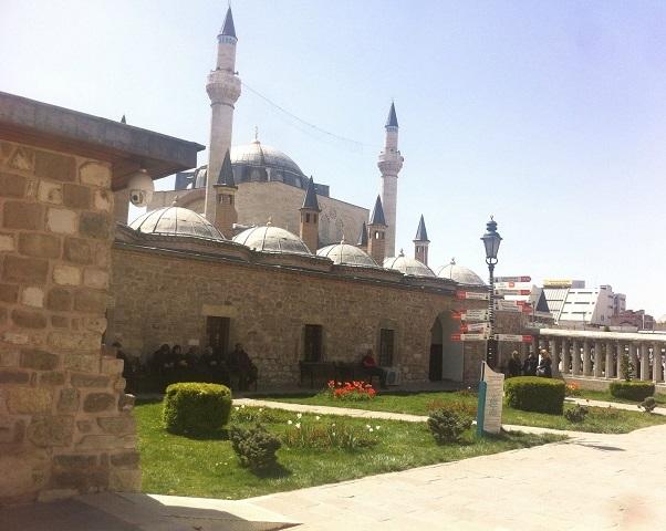 Rabia Nur Akmaz: Aşıklar Beldesi Konya'da Nizamülmülk Rüzgarı