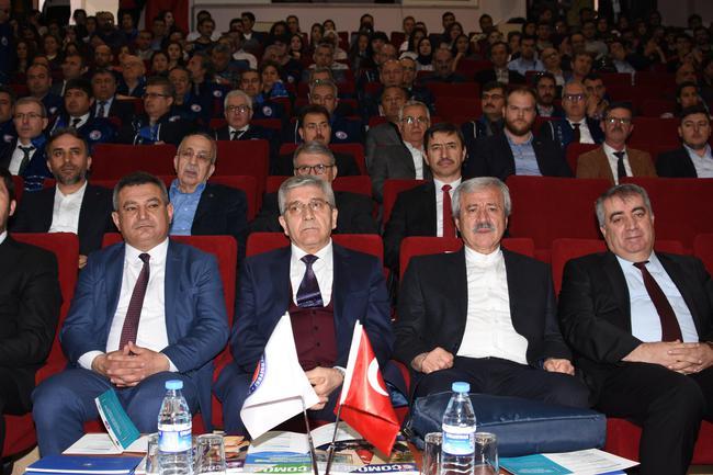 """""""Yerlilik Kavramı ancak Kültür ve dilde Manevî vatan fikri savunulmakla anlam kazanır"""""""