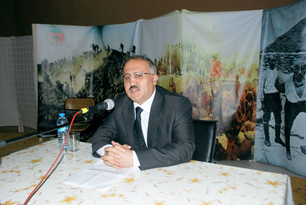 Prof. Dr. Kemal Timur: Orhan Okay Hocamıza Rahmet Dilerken…