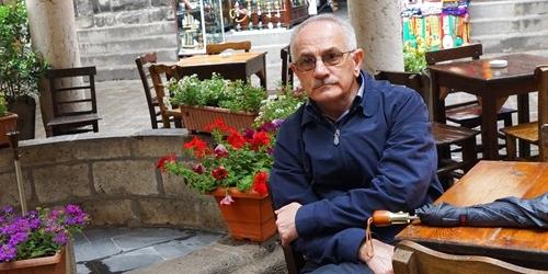 Muhsin Mete: Mustafa Everdi hikâyeleri okumak