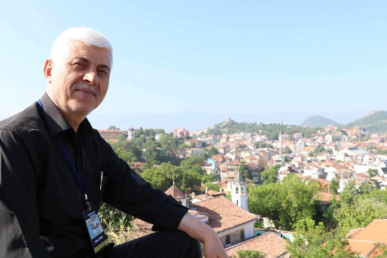 Mehmet Sarmış: Edirne'den Mostar'a Kültür Kervanı
