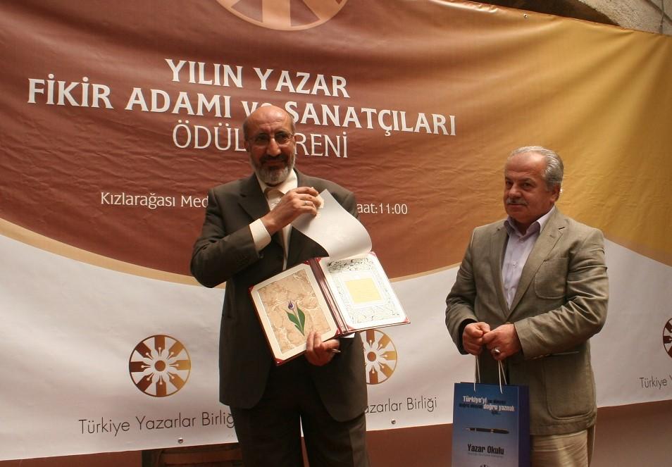 TYB'nin 40. Yılında ilk 40 üyemiz: Abdurrahman Dilipak