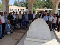 Yunus Emre Türkiye Yazarlar Birliği Tarafından Kabri Başında Anıldı
