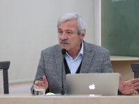 """Yazar Okulu """"D. Mehmet Doğan ile Yazı Atölyesi"""" başladı"""