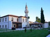 Safiye Erol Hanım'la Hasan Sezai Hazretleri'ne ziyaret