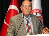 Tarihçi Prof. Dr. Bayram Kodaman vefat etti