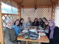 D. Mehmet Doğan: Yabancı kökenli kelimeler dilimizi esir aldı