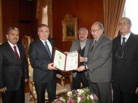 TYB'den Meclis Başkanı Şahin'e Şükran Beratı