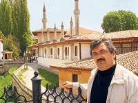 Doç. Dr. Rıdvan Canım'dan: Türkçe'nin ses bayrağı Orta Asya'nin bağrinda, Manas'ın yurdunda, Kırgızıstanda idi..