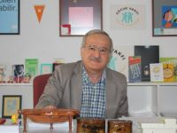 Mustafa Ruhi Şirin: Kim Çocuk Edebiyatı Yazarıdır?