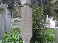 Mesele mezar taşı okumaktan ibaret değildir