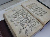 Osmanlıca bilmek bir fantezi, bir lüks değil