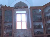 Beş asırlık kütüphane bugün özel mülk