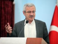 D. Mehmet Doğan: Ulucamii önünde bin Fatiha…