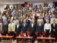 """ÇOMÜ'de """" Mehmet Akif Ersoy ve Çanakkale Edebiyatı """" Konulu Konferans Düzenlendi"""
