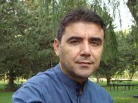 Mustafa Kutlu'nun Paltosundan Son Çıkan İki Kişiden Biriyim