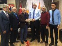 """Erzurum Şubesi'nden Başkan Öz'e """"Kitap""""lı Tebrik Ziyareti"""
