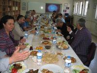 İzmir Şubesi Danışma Kurulu kahvaltıda bir araya geldi