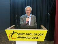 D. Mehmet Doğan Sakaryalı öğrencilerle buluştu