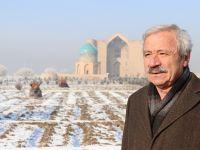 D. Mehmet Doğan: Ahmed Yesevî'yi görmek isterken Timur'la karşılaşmak