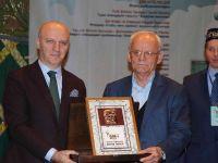 Mağcan Cumabayulı Ödülü Çevresinde Şair Mustafa Özçelik'le Bir Söyleşi