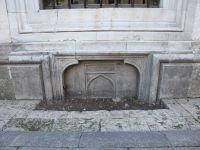 İstanbul'un Tarihi Yok Olurken Lâle Halısı Yapıp Sergiliyoruz
