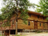 224  Ustalık, Sabır, Estetik: Düzköy'ün Ahşap Camii 158 Yaşında