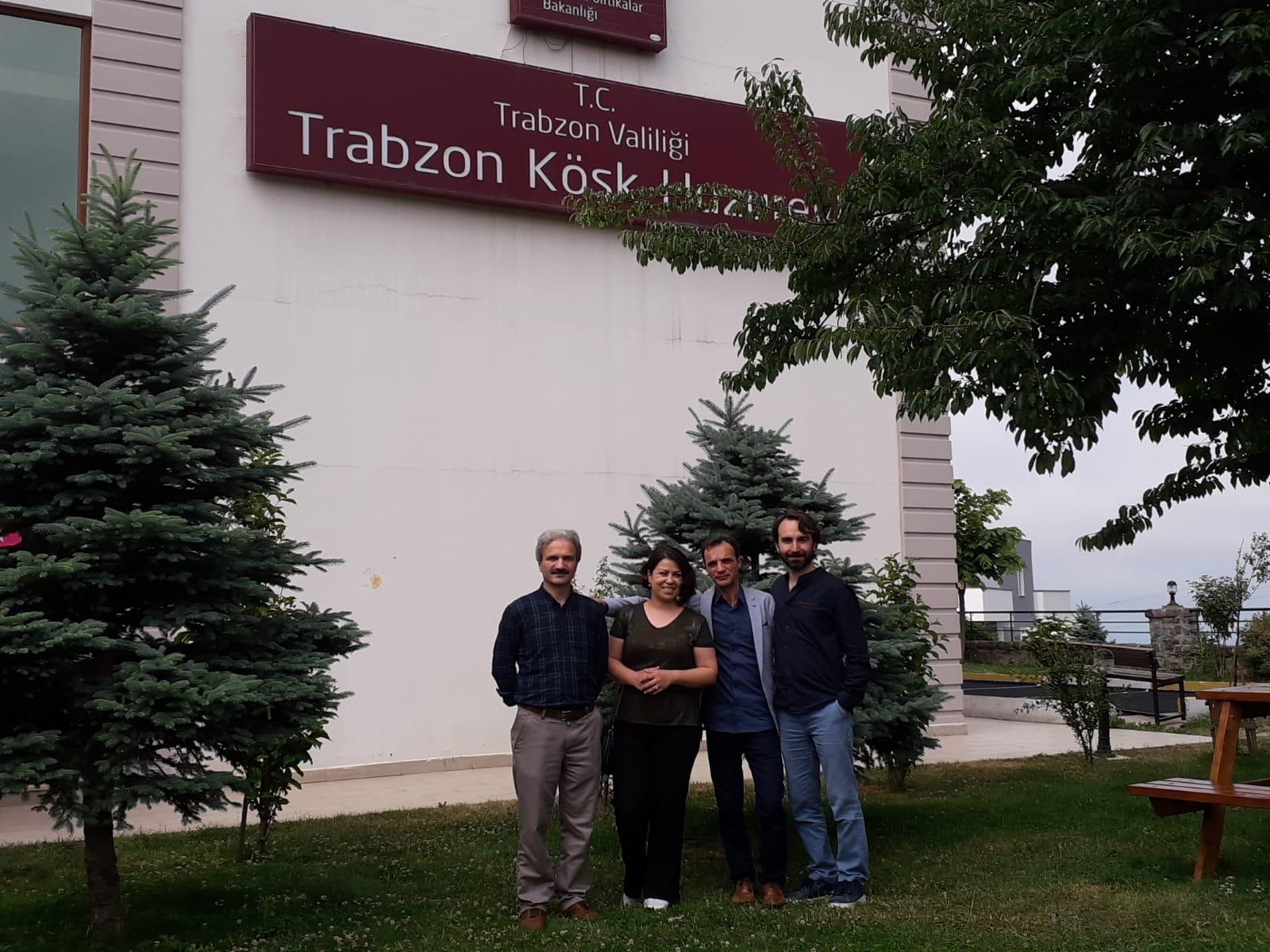 04.06.2019-tyb-trabzon-subesi-kosk-huzurevi-ziyareti-(4).jpg
