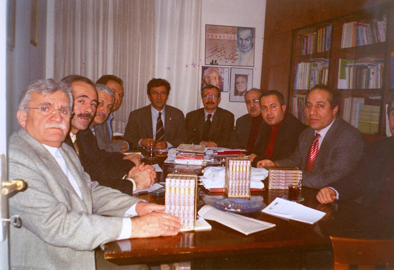 17.-2004-yili-yonetim-kurulu-toplantisi-r.karci,-s.abak,r.kaymaz,a.sen,-y.deliormanoglu,a.kot,i.u.yav.jpg