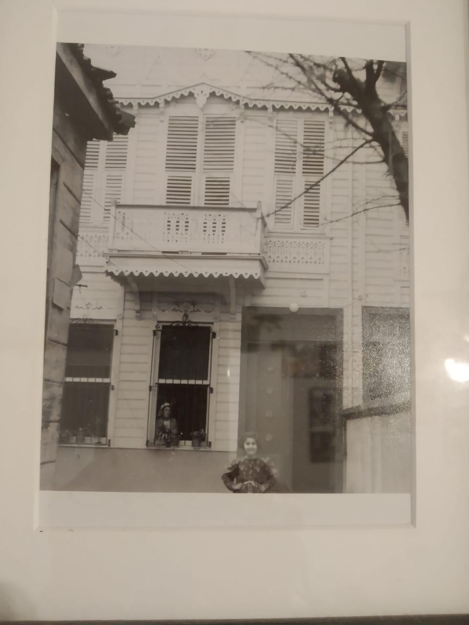 1e.ilyadislerin-istanbul-ayaspasadaki-evi.jpg
