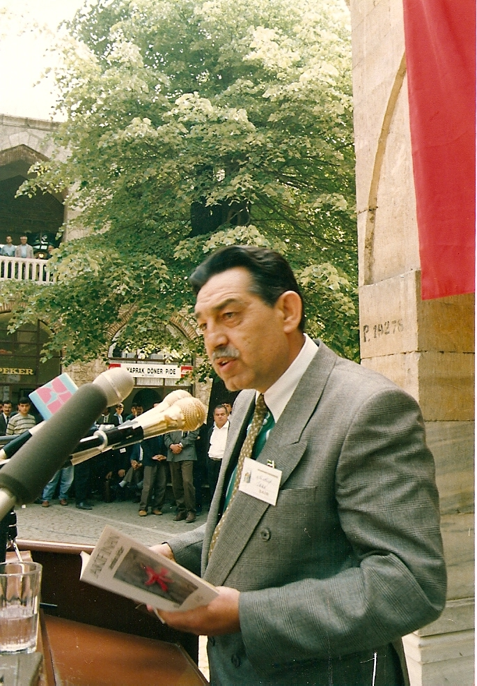 turkcenin-uluslararasi-siir-soleni,-bursa-1992.jpg