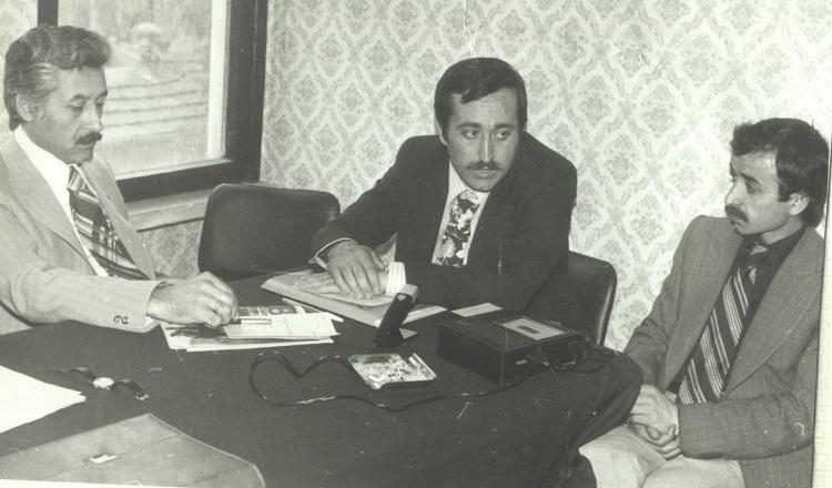 y.-bulent-bakiler,-recep-vidin,-yagmur-tunali-(yazarlar-birligi,-hatay-sk.-1980)-(1).jpg